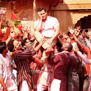 Bajrangi Bhaijaan Official Trailer