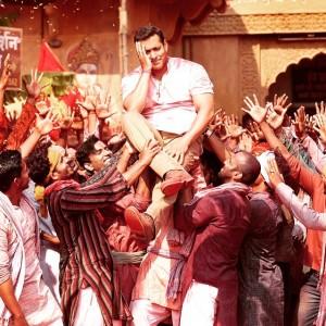 Bajrangi Bhaijaan Official Trailer