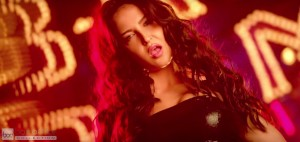 Elli Avram Hot Looks in Bam Bam Song-6