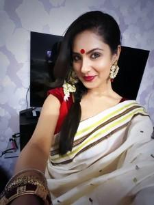 Puja Banerjee Selfie (1)