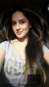 Puja Banerjee Selfie (3)