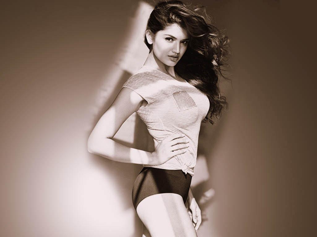 tara alisha berry actress bio latest wallpapers amp hot hd