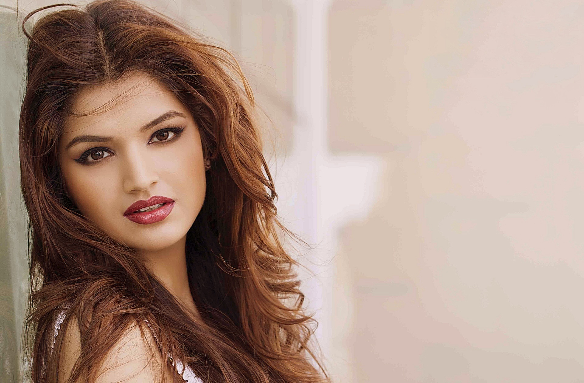 Tara Alisha Berry Actress Bio, Latest Wallpapers & Hot HD Images