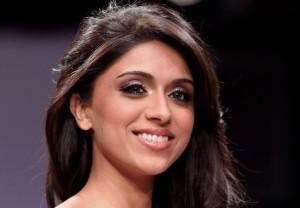 zoa morani actress wallpapers1