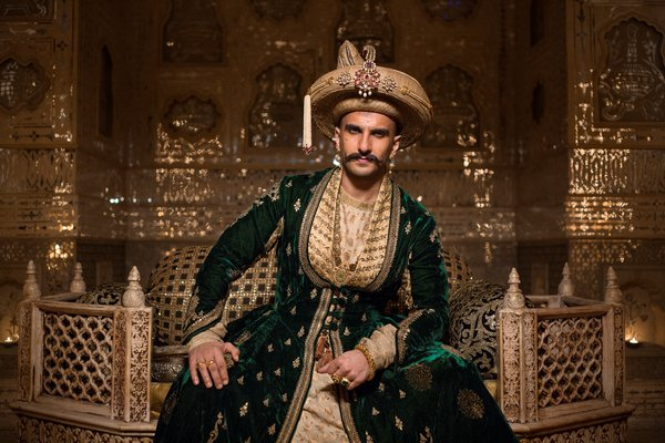 bajirao mastani first day collection