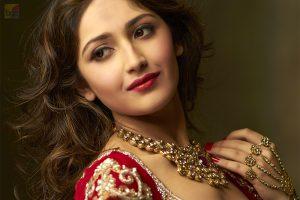 Sayyeshaa Saigal Shivaay Actress