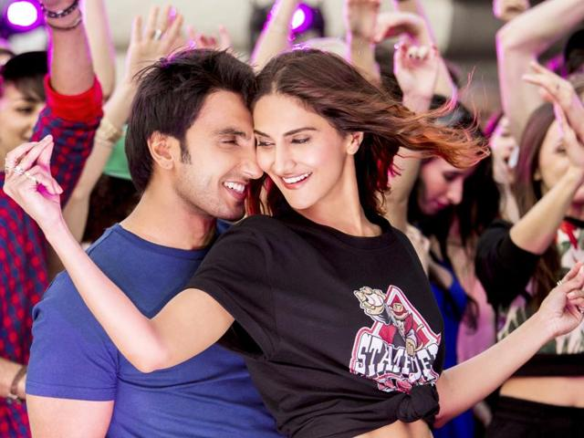befikre 4th day collection, befikre fourth day collection, befikre monday collection, befikre box office collection, befikre total collection, befikre 4 days total collection