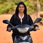 Amyra Dastur learns to ride two-wheeler for director Amin Hajee's Koi Jaane Na